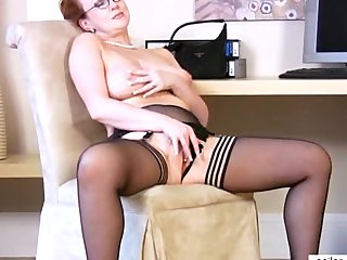 Busty Redhead Cougar Fucking Herself