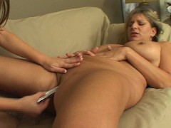 BBW gets lapped by lesbo lovely