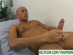 Self sucking his ten inch dick and cumming in his own mouth