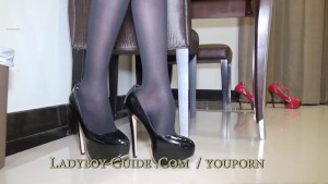 Gasping Thai Ladyboy Thrusts Her Small Buttocks