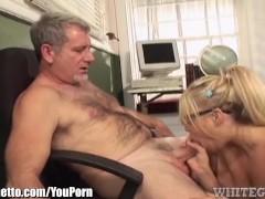 Dirty Schoolgirl makes Teacher eat her Pussy