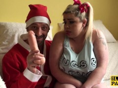 British plumper squirting for santa