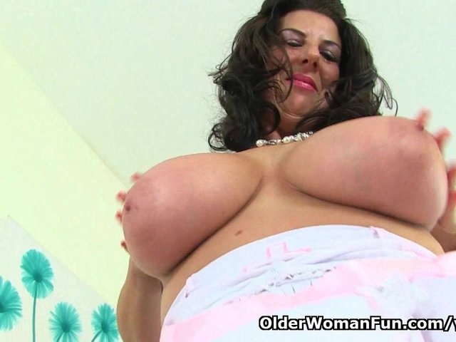 England039s sexiest nurse lulu lush exposing her natural big tits and pussy 4