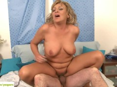 Older Wife Andrea Fucked Reverse Cowgirl