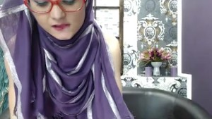 Super Skinny Teen in Hijab, Free Arab from 888camgirls.com