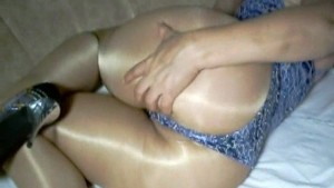 Big butt amateur in shiny pantyhose