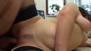She Cums on Top pt 2/3