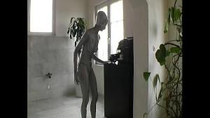 Slimgirl Roberta transformed into a alien