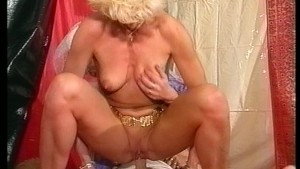 Cock and pussies bedecked in jewels (CLIP)