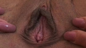 Aroused & pulsating vagina and anus closeup!