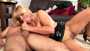 Chubby Cougar Rides That Cock - CzechSuperStars