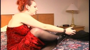 Racy redhead shows us what she s got - Brookland Brothers