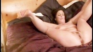 Bella Moore Gets Boned Then Takes A Creampie