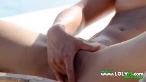 absolutly hot blond fingering her pussy