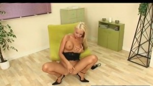 Vibrator Makes Blonde Moan and Cum