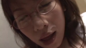 Uncensored Japanese Sex: Girl With Glasses giving Blowjob