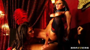 Two stunning brunette strippers share a big-dick in HOT threesome