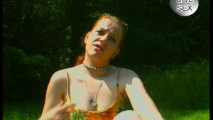 Euro redhead in the park - Julia Reaves