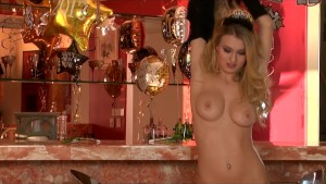 Natalia Starr brings in the new year with an intense solo orgasm