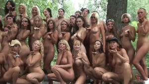 Filming Nude Group Photo - DreamGirls