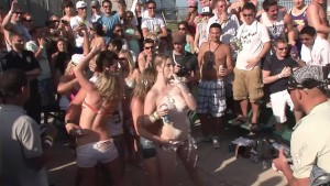Cops Shut Down Nudie Beach Party - DreamGirls