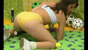 Cute brunette with a sweet smile and a sweeter pussy - Pleasure Photorama