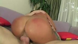 Housewife Lola Eats Hot Sweaty Ass