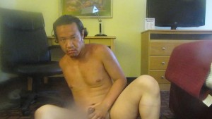 STUD WITH NICE FEET AND A ROUND BUTT STRETCH BACK HIS TOES THAN SELFSUCK HIMSELF