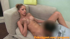 FakeAgent Amazing body amateur takes creampie in casting