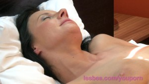 Lesbea HD Busty milf house wife cheating on husband with horny mature mom
