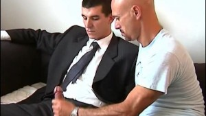 Full video: Guillaume a real straight guy get sucked in spite of him by a guy !