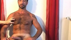 Handsome sport mature arab guy gets wanked in spite of him by me !
