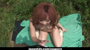 Hot Japanese slut likes fucking outside