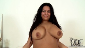Anais Hills Showing Her Boobs (DDF)