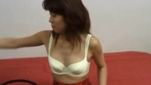 Ann Ogura shows off in nasty solo