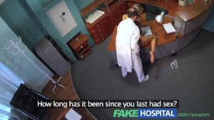 FakeHospital Horny sexy blonde patient raises the temperature in the recept
