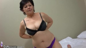 Old sexy mature, old mature masturbate with vibrator