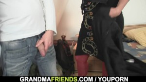 Hot granma takes two cocks after photosession