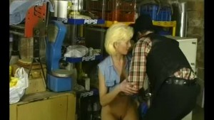 MIlf In The Basement - Julia Reaves