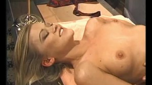 Licking That Pussy- Julia Reav