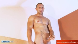 Ass and cock massage to a real str8 guy: Igor