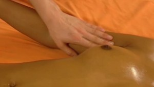 Lesbian Touch Massage Begin