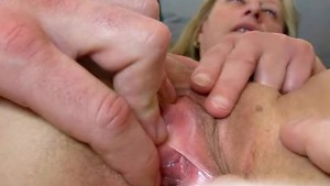 Boy hands spreading pussy of old czech cougar Gabina