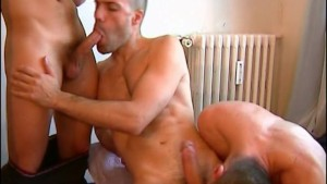 My str8 neighbour made a porn: watch his huge cock gets sucked by 2 guys!