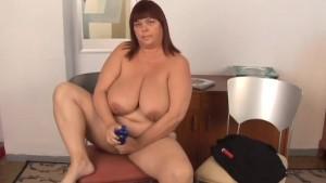 Super sexy big tits mature BBW