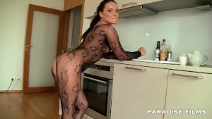 PARADISE FILMS Czech out Wendy Moon