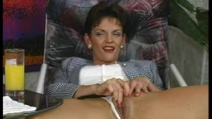 naughty-hotties.net - Sexy German mature.wmv