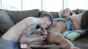 GayRoom - Amazing Hunk Aspen Fucks Robb Johnson