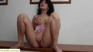 KarupsOW - Busty Older Amateur Melissa Pussy Play