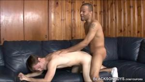 Whiteboi riding a black cock